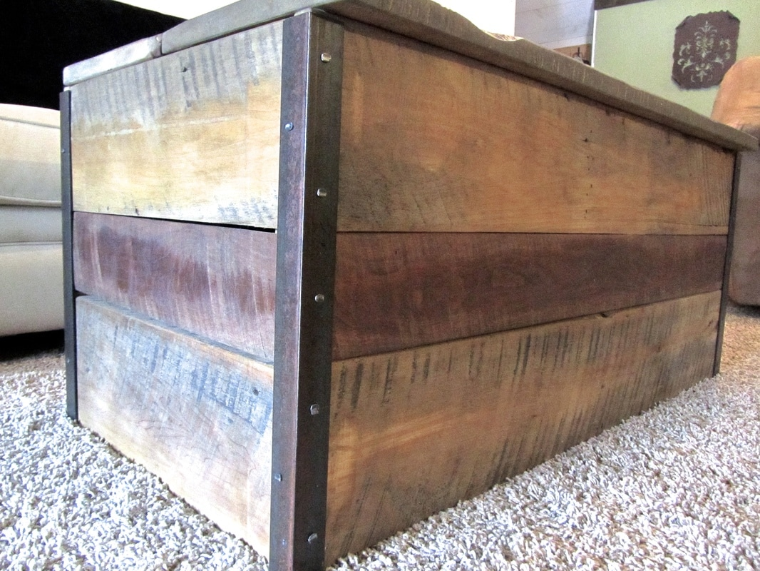 Photo gallery resurrected furniture - Building furniture out of reclaimed wood ...